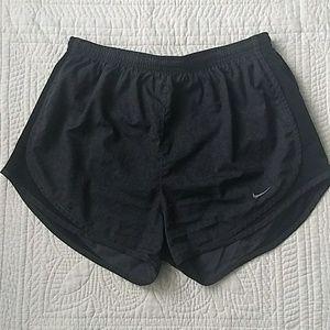 Nike Dri-Fit Shorts - Medium